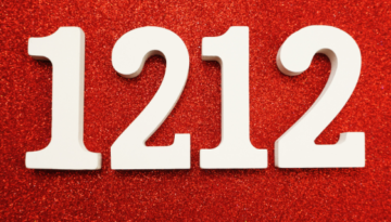 1212 – Why This Angel Number is Following You Around [Complete Guide]